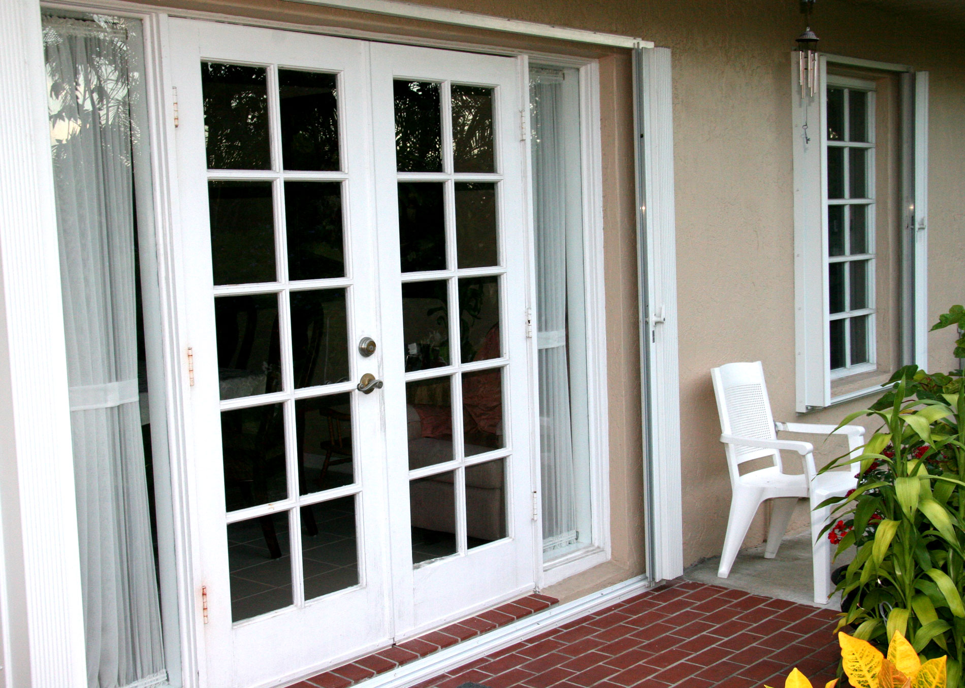 Repairing French Doors : French doors complete window service and repair